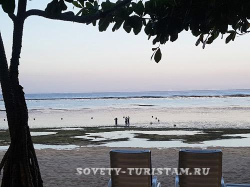 пляж  Нуса дуа  отлив